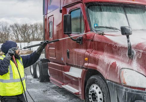 Fleet Vehicle & Trailer Washing